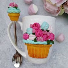 Polymer Clay Recipe, Biscuits, Clay Mugs, Clay Food, Cold Porcelain, Cupcakes, Gift Wrapping, Candy, Tableware