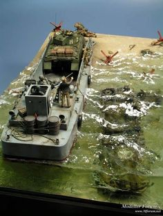 Love this Scale D-Day Diorama Diorama Militar, Scale Models, Water Effect, Landing Craft, Modeling Techniques, Model Tanks, Model Hobbies, Modelos 3d, Military Modelling