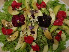 Receita Salada de alface e maçã com flores