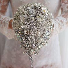 Handmade silver brooch bouquet high-end custom wedding bridal bouquets crystal diamond teardrop Bride 's Bouquet wedding decor