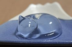 Japanese Cat Water Cake Is Almost Too Cute To Eat