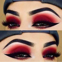 Red Eyeshadow Makeup, Eye Makeup Art, Dark Makeup, Makeup Geek, Makeup Inspo, Makeup Inspiration, Makeup Ideas, Natural Makeup, Devil Makeup