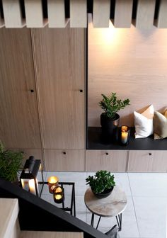 16 Elegant Scandinavian Hallway Designs That Can Improve Your Home Ikea Trones, Hallway Lamp, Home Interior, Interior Design, Flur Design, Cabinet Fronts, Hallway Designs, Hallway Ideas, Small Hallways