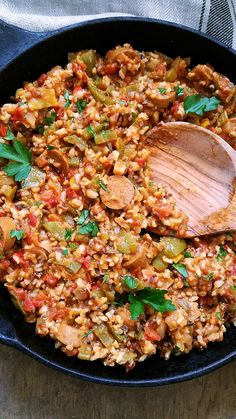 Yummy jambalaya recipe good food from top chefs Vegan Meal Prep, Vegan Dinner Recipes, Veggie Recipes, Italian Recipes, Vegetarian Recipes, Cooking Recipes, Healthy Recipes, Vegetarian Jambalaya, Jumbalaya Recipe
