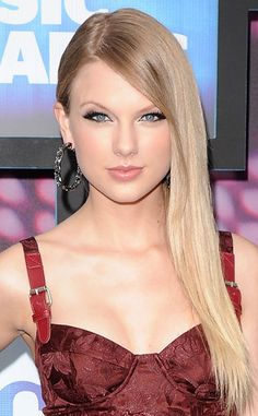 6. Sleek City from Taylor Swift's Top 10 Beauty Moments  Substituting her waves for a slick-straight 'do was a welcome change for the singer, who shocked everyone with her transformation at the 2010 CMT Music Awards. Achieve the look with a hair serum that promises extra shine.