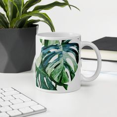 Latte Mugs, Coffee Mugs, Monstera Deliciosa, Travel Cup, Coffee Drinkers, Plant Care, Travel Size Products, Kitchenware, Tableware