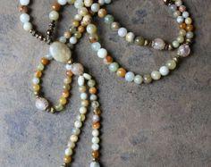 Beautiful jasper gemstone mala necklace por look4treasures en Etsy