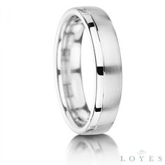 Lou gents wedding ring Dublin. Found on http://loyesdiamonds.ie/ring/lou-gents-wedding-ring