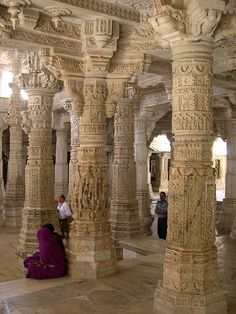 Forest of Columns, Jain Temple at Ranakpur in India