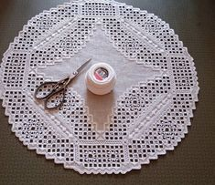 Hardanger Embroidery, Bob Ross, Crocheting, Knit Crochet, Sewing Patterns, Knitting, Holiday Decor, Instagram, Mathematical Model