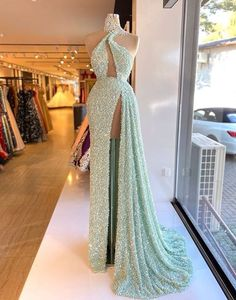 Prom Girl Dresses, Prom Outfits, Glam Dresses, Event Dresses, Fashion Dresses, Long Dress Fashion, Formal Dresses, Stunning Dresses, Pretty Dresses