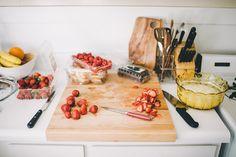 cake baking - julia manchik