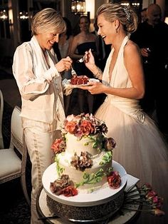 At the wedding of Ellen DeGeneres and Portia de Rossi, they served their guests slices of vegan red-velvet wedding cake from Sweet Lady Jane. They married on August 16, 2008, at their home in Beverly Hills with nineteen guests including their mothers. Ellen gave Portia a 3 carat pink diamond ring.