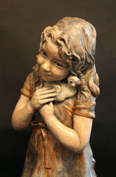 'Anika' sculpture by Angela Mia De La Vega
