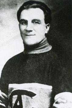 Maurice Richard, Montreal Canadiens, Hockey Teams, Ice Hockey, Ontario, Goalie Mask, Good Old Times, Baseball, Nhl