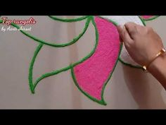 Design Discover Easy rangoli design for festival Easy Rangoli Designs Diwali, Rangoli Designs Flower, Colorful Rangoli Designs, Beautiful Rangoli Designs, Simple Rangoli, Muggulu Dots, Rangoli Colours, Special Rangoli, Marriage Decoration