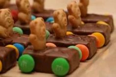 Mini candy bar... M Teddy Graham