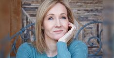 Rowling in the 'Harry Potter' fandom? Seven hints suggesting J. Rowling will drop something this month on the seventh anniversary of `Deathly Hallows` Harry Potter Fan Theories, Harry Potter Characters, Harry Potter Love, Harry Potter Books, Harry Potter Fandom, Rowling Harry Potter, Actors, Fantastic Beasts, Role Models
