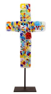 20-piece cross kit 	  Cross Shaped Wall Hanging or w/ Stand Another amazing school auction project, gift or a collaborative art project. Make a real glass cross with this kit. Christian themed Group Art Project for school fundraiser.