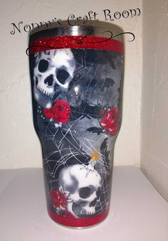 My personal cup from fabric! Diy Tumblers, Personalized Tumblers, Custom Tumblers, Glitter Tumblers, Tumblr Cup, Cup Crafts, Custom Cups, Yeti Cup, Skull Decor