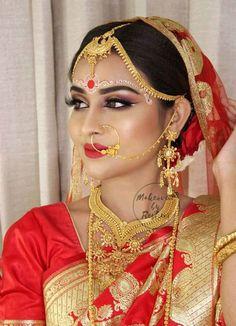Indian Wedding Bride, Bengali Wedding, Bengali Bride, Bridal Wedding Dresses, Bengali Bridal Makeup, Bridal Makeover, Indian Silk Sarees, Bindi, Bridal Portraits