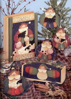 Plum Purdy Season Vol 2 by Renee Mullins Country Christmas, Christmas Diy, Tole Painting Patterns, Pintura Country, Country Paintings, Painted Books, Country Crafts, Pattern Books, Diy Projects To Try