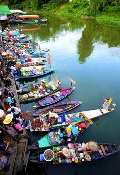 Floating Market, Hatyai, Thailand