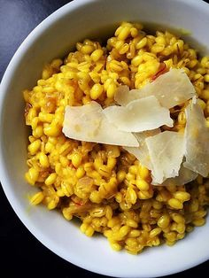 This lemon saffron risotto is packed with spring flavor. Lemon zest, turmeric, and saffron form an aromatic base for this vegan optional barley risotto! Veggie Italian Recipes, Best Vegetarian Recipes, Raw Food Recipes, Cooking Recipes, Healthy Recipes, How To Cook Barley, Cooking Whole Chicken, Cooking Bacon, Barley Risotto