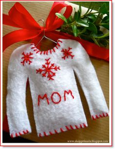 gift tag ♥ http://felting.craftgossip.com/2014/11/05/christmas-sweater-gift-tags-no-sew/