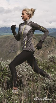 Warm up winter activity with the hybrid utility of the Women's IgniteLite Hybrid Jacket. Technical insulation under the front panel keeps you warm, even when wet, while FreeHeat™ polyester/spandex fabric at the sides, sleeves, and back amplifies personal heat but also provides greater mobility for running, skiing, riding, or climbing. #PrepareForAdventure