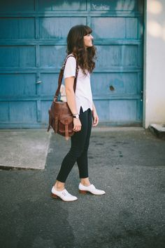 Perfect leather bag via The Moptop