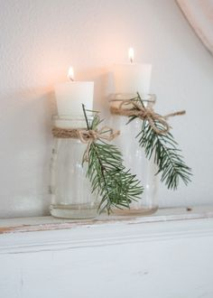 Cozy and Natural Christmas Living Room Tour a warm and cozy living room decorated for Christmas. Neutral furnishings with pops of blue, natural evergreens, and vintage and thrifted finds. - Cozy and Natural Christmas Living Room - Saw Nail and Paint Christmas Living Rooms, Cozy Living Rooms, Christmas Bathroom Decor, Christmas Lounge, Noel Christmas, Christmas Crafts, Christmas Nails, Christmas Music, Christmas Candles