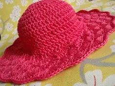 Flared Shell Brimmed Hat crochet pattern - for notes on this particular hat, scroll down to the bottom of the page. Crochet Adult Hat, Crochet Summer Hats, Bonnet Crochet, Crochet Beanie, Knit Or Crochet, Crochet Scarves, Crochet Crafts, Crochet Clothes, Crochet Stitches