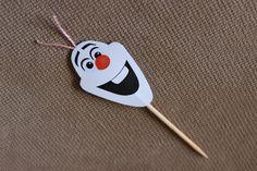 Topper para doces personalizado, tema Frozen Olaf. Dupla face. Perfeito para montar boneco de neve com beijinho.