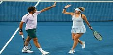 10 Most Popular Sports in America According to TV Ratings in 2020 Roger Federer, Angelique Kerber, Professional Tennis Players, Professional Football, Perth, American Tennis Players, Hopman Cup, Tv Ratings, Tennis Legends