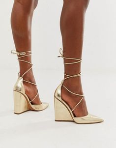 Find the best selection of ASOS DESIGN Porter high heeled wedges in pale gold. Shop today with free delivery and returns (Ts&Cs apply) with ASOS! Nude Wedges, High Wedges, Women's Wedges, Wedge Boots, Wedge Heels, High Heels, Baskets Vegan, Gold Boots, Different Shades Of Pink
