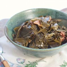 Perfect Southern Collard Greens Recipe - Get The Secret • Loaves and Dishes