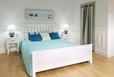 Spálňa v belasej farbe    #spalna#modra#belasa#pastelova#zavesy#prehoz#vankuse Pastel Bedroom, Pastel Interior, Cosy, Beach House, Living Room, Interior Design, Furniture, Bedroom Bed, Bedroom Decor