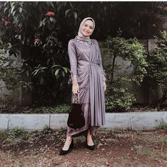Image may contain: 1 person, standing, shoes, plant, tree and outdoor Kebaya Modern Hijab, Model Kebaya Modern, Kebaya Hijab, Dress Brokat Muslim, Dress Brokat Modern, Dress Muslim Modern, Muslim Dress, Hijab Gown, Hijab Dress Party