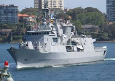 HMNZS Te Mana in Sydney for the RAN Fleet Review - RNZN Photo