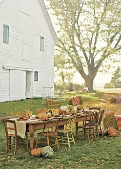 autumn table, I love american country because of Jonathan