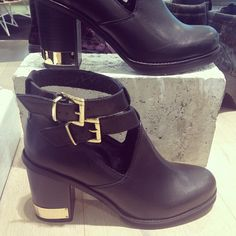 """These ankle boots aren't called """"All Yours"""" without a reason. Topshop, gimme gimme"""