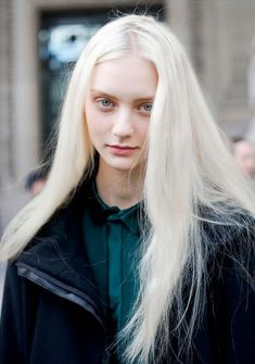 Say hi to Nastya Kusakina, a model with flawless skin and albino like hair…