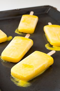These mango coconut popsicles are made with just 2 ingredients: mango and coconut milk. Popsicles are great to beat the heat and hydrate our body.