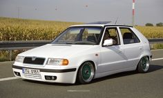 -13 cm Felicia, Little Houses, Custom Cars, Vw, Clever, Wheels, Polo, Rolling Carts, Cars Motorcycles