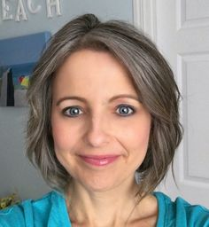 The Unexpected Results of Transitioning to Gray Hair in my Forties - how I learned to love my natural hair color through the process Grey Brown Hair, Grey Hair Over 50, Long Gray Hair, Silver Grey Hair, Light Brown Hair, White Hair, Gray Hair Growing Out, Grow Hair, Short Hair Cuts For Women
