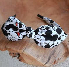 Mickey Headband Bow Headband Headband with Wire Womens Mickey Mouse Outfit, Minnie Mouse Headband, Disney Headbands, Disney Mickey Ears, Minnie Bow, Headbands For Women, Metal Headbands, Handmade Headbands, Cute Disney Outfits