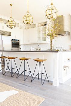 Stylish Eat-In Kitch