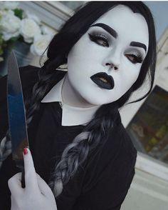 @bangtsikitsiki Halloween has come early  Silver Ombre  #lushwigs #wig #lushwigssilverombre - Lushwigs.com  #spookygirl #wednesday #wig #gorgeous #gothic