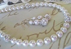 Pearl Bridal Jewelry SET. Bridesmaids necklace set .Vintage Inspired Wedding Jewelry.